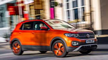 VW T-Cross - front action