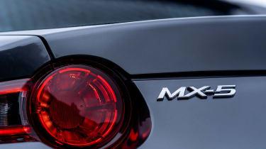 Mazda MX-5 RF - taillight