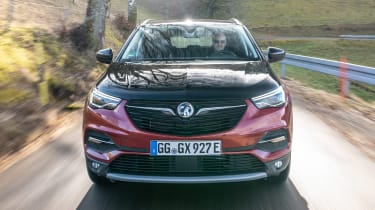 Vauxhall Grandland X Hybrid4 - full front