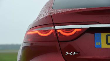 Jaguar XF 2017 - rear light