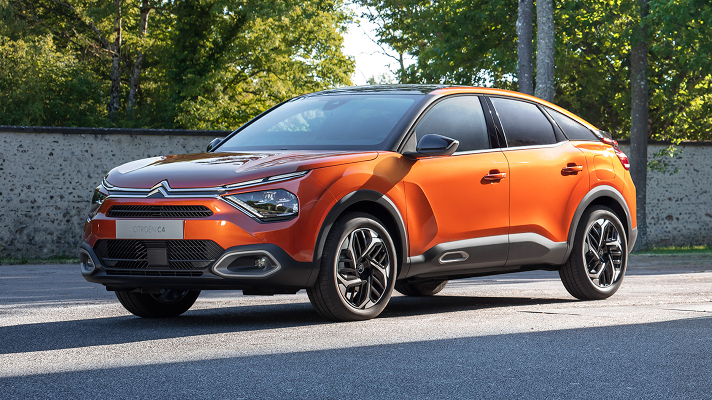 new citroen c4 morphs into crossover with petrol diesel