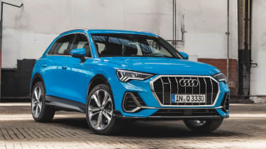 Audi Q3 - front/side