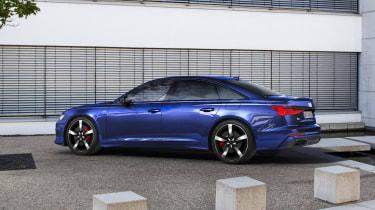 Audi A6 TFSIe - rear