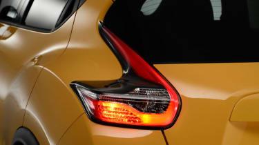 Nissan Juke 2014  rear lights