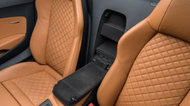 Audi R8 Spyder V10 plus - leather seats