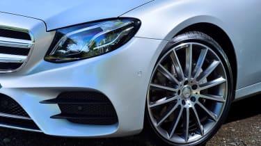 Mercedes E-Class Estate E220d UK - front detail