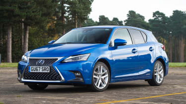 Lexus CT 200h - front static