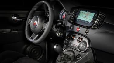 Abarth F595 - interior