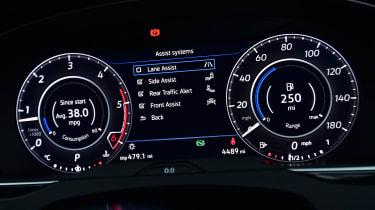 Volkswagen Arteon - speedo