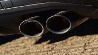 Audi SQ2 - exhaust