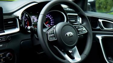Kia Ceed SW - steering wheel