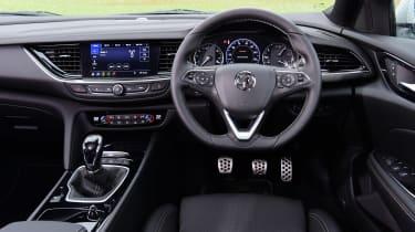 Vauxhall Insignia 1.5 diesel - dash