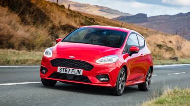 New Ford Fiesta ST-Line - front panning