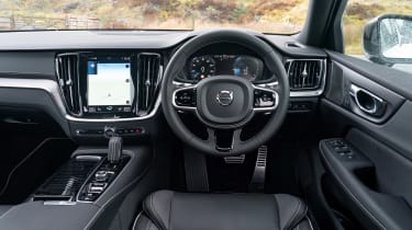 Volvo S60 Polestar Engineered - dash