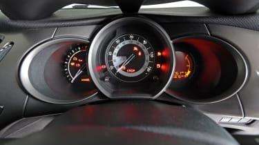 Used Citroen C3 - dials