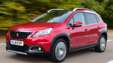 peugeot 2008 tracking front