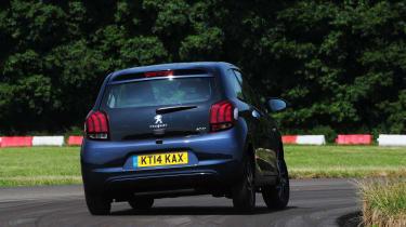 Peugeot 108 rear action