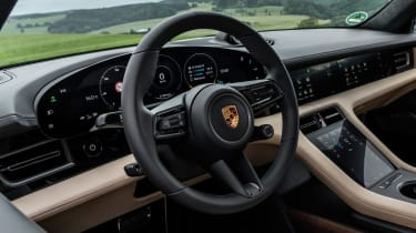 Porsche Taycan Turbo S - steering wheel