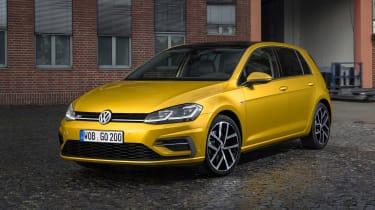 New 2017 Volkswagen Golf - front static dark