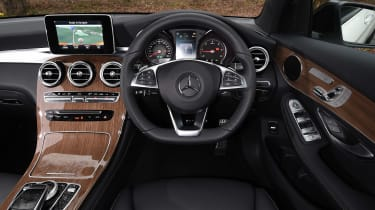 Mercedes GLC Coupe - dash
