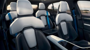 Porsche Mission E Cross Turismo - seats