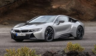 BMW i8 Coupe - front