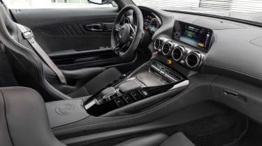 Mercedes-AMG GT R Pro - dash