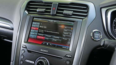 Ford Mondeo - infotainment screen