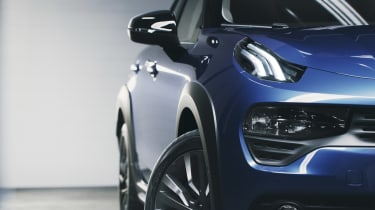 Lynk & Co 02 - front profile