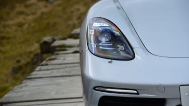 New Porsche 718 Boxster 2016 - headlight