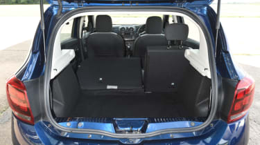 Dacia Sandero Stepway - boot