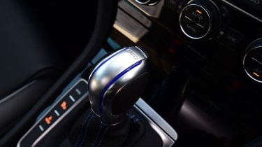 Volkswagen Golf GTE 2017 - gearlever