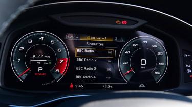 Audi SQ8 - dials