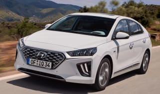 Hyundai Ioniq Hybrid - front