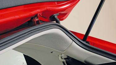 Honda Civic Mk8 - boot