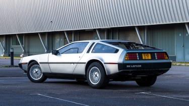 DMC DeLorean - rear static