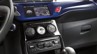 Citroen DS3 Cabrio centre console
