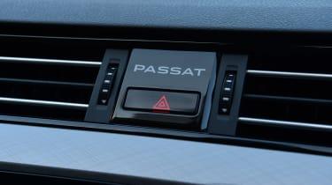 Volkswagen Passat - Passat branding