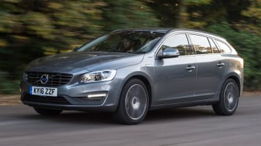 Volvo V60 D5 Twin Engine - front tracking