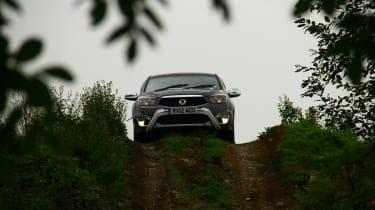 Ssangyong Korando Sports EX hill descent