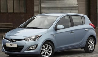 Hyundai i20 front three-quarter