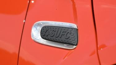 MINI Cooper 5-Door - side scuttle