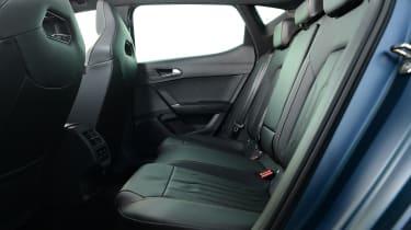 Cupra Leon 300 - rear seats
