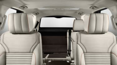 Land Rover Discovery 2017 - official seats 3