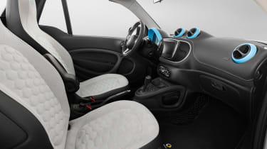 Smart ForTwo Cabrio Brabus cabin