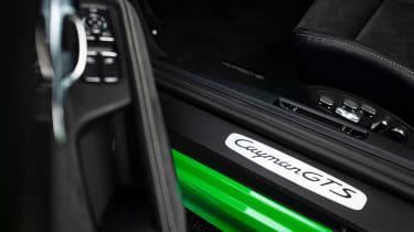 Porsche 718 Cayman GTS 4.0 - sill