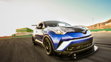 Toyota C-HR R-Tuned  driving