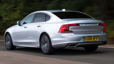 Volvo S90 - Rear Tracking