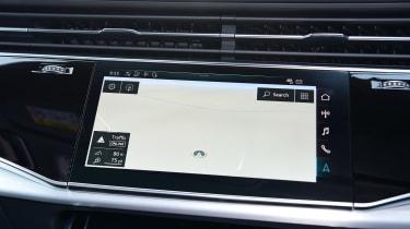 Audi Q7 - sat-nav