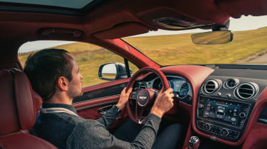 Bentley Bentayga Speed - driving